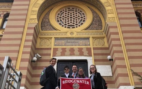Bridgewater delegation outside of the Faculty of Islamic Studies at University of Sarajevo. From Left to Right: Junior Hunter Potts, Professors Harriet Hayes, Jamie Frueh and Nancy Klancher and sophomore McKenzie Melvin.