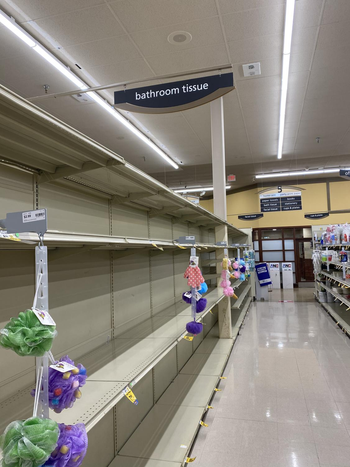 Safeway+Grocery+Store+Has+Trouble+Keeping+Shelves+Full