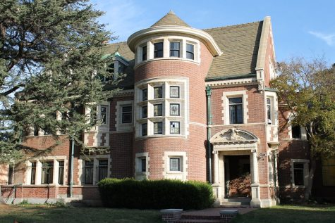 The murder house from season 1 of American Horror Story